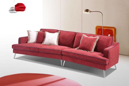 独具一格并不代表另类,而是包容,就比如这款沙发的蓝色包边的设计初衷。