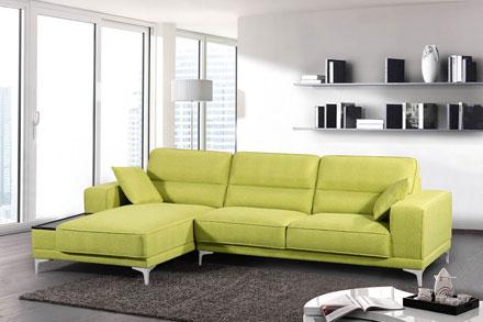 柔软、舒适的座位搭配优雅的座套,还能为您的背部提供舒适支撑。坐垫顶层采用记忆泡沫,完美贴合身形,起身后可以恢复原形。