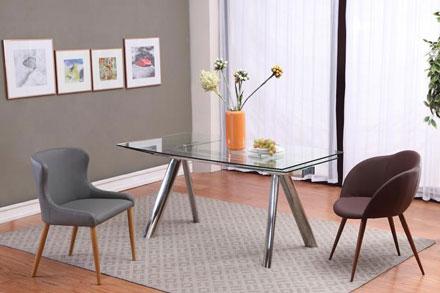 餐桌:DT7767 尺寸大小(mm):1600(+400x2) x 900 x 750 餐椅:DC957 / DC945